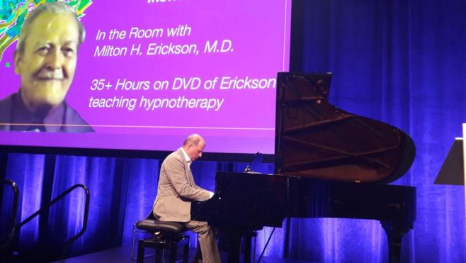 Hypnose musicale avec piano. Dr Stéphane OTTIN-PECCHIO